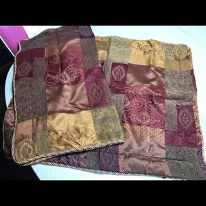 Other - Shams (Queen Size)